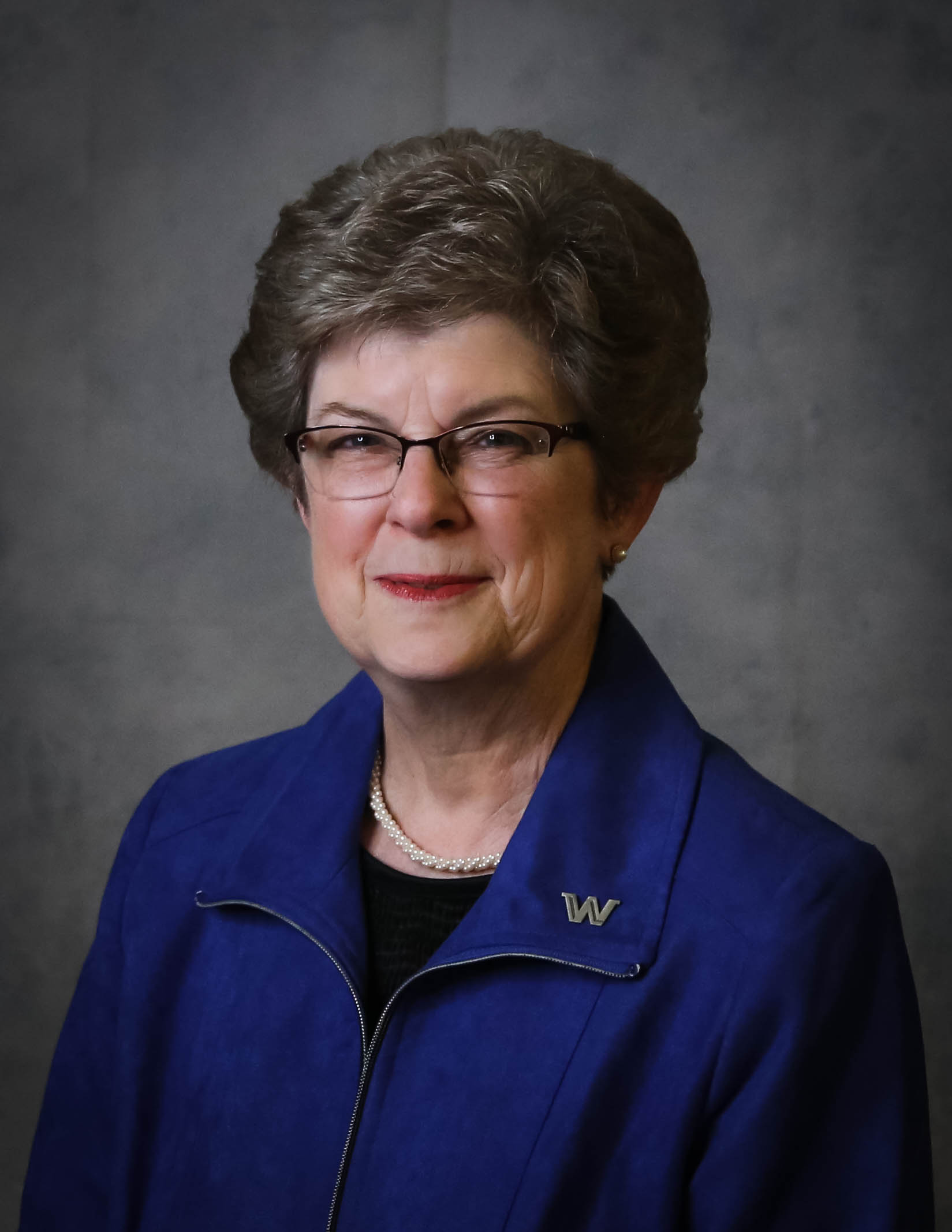 Ms. F. Lynne Klemke (Chair)